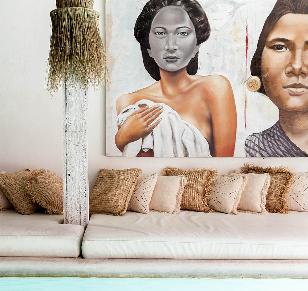 Raffia Round Cushion With Fringe – Natural